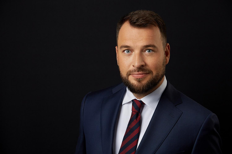 Biznesowe zdjęcia prezesa - Piotr Arak